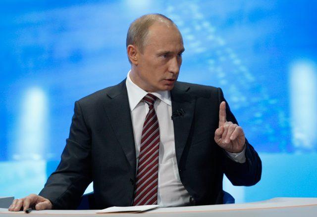 Владимир Путин: «Россия решила самые острые проблемы вэкономике»
