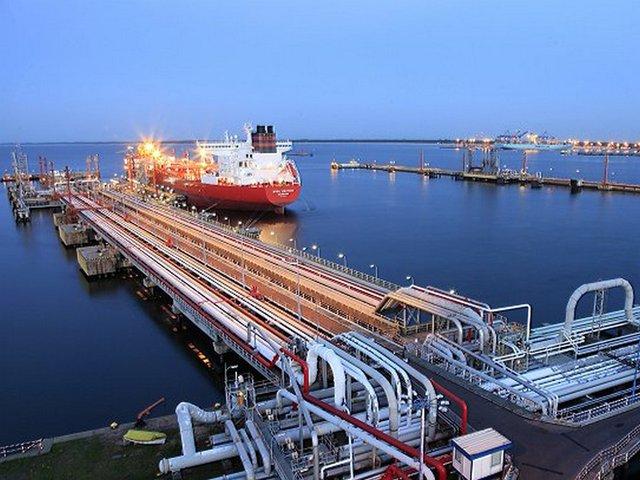 Польша хочет больше нефти из Ирана