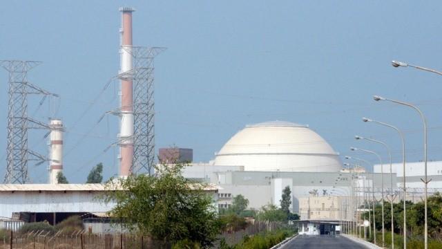 Иран построит две АЭС всотрудничестве сРоссией