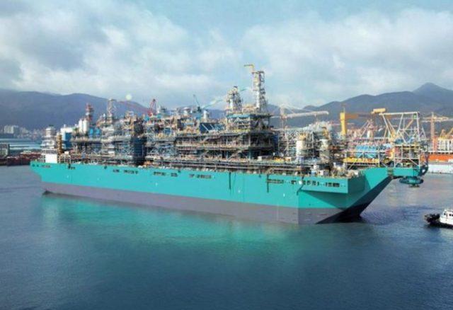 Первый в мире FLNG получила компания Petronas