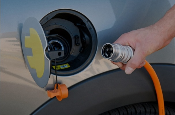 Власти Китая будут стимулировать производство электромобилей