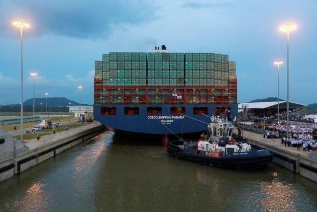 По реконструированному Панамскому каналу прошел первый крупнотоннажный танкер