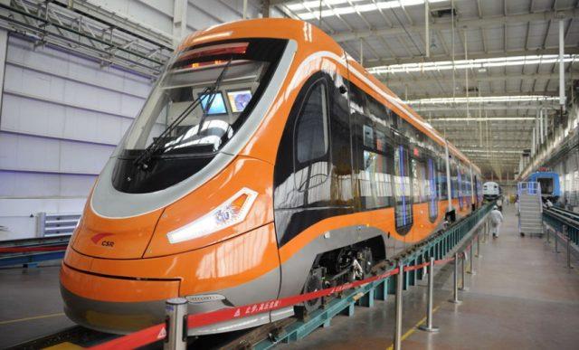 ВНанкине сошли сконвейера первые вагоны для воздушного трамвая