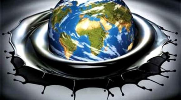 Профицит на мировом рынке нефти неустраним?