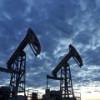 Новак: Россия опять снижает добычу с опережением графика