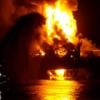 Азербайджан надеется потушить пожар на нефтяной платформе к концу дня