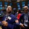 Рынок нефти: трейдеры не знают, кого слушать