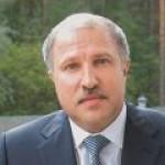 500 млн долларов инвестирует Э. Худайнатов в покупку двух компаний.