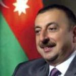 """Азербайджан инициирует полномасштабную разработку месторождения """"Шахдениз"""""""