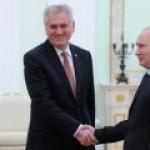 """Путин """"утрясает"""" с Сербией вопросы по """"Южному потоку"""""""