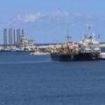 """В Ливии собираются уничтожать """"подозрительные"""" танкеры"""