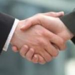"""Нефтяники и правительство РФ подписывают """"топливное"""" соглашение"""