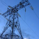 Повреждения ЛЭП в Подмосковье оставили без электричества почти 15 тыс человек