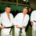 Друзья Путина отказываются от госзаказов