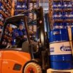 """Самый мощный в РФ комплекс по производству моторных масел появился у """"Газпром нефти"""""""