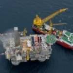 """Для """"Роснефти"""" запрет на ввоз оборудования не критичен, считают в компании"""