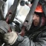 """На ПМЭФ """"Газпром нефть"""" и ЛУКОЙЛ заключили интересные сделки"""