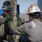 Нефтяной сектор может увязнуть в долгах