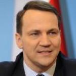 Глава МИД Польши играет на чувствах украинцев и подстрекает их к войне