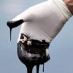 Низкие цены на нефть: кому это выгодно