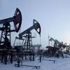 Минэнерго: добыча нефти в России упадет только при цене ниже 40 долларов