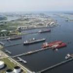 «Транснефть» перенаправляет нефтепродукты с Прибалтики на порты России
