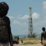 Крупные мировые компании инвестируют в нефтепромыслы Уганды