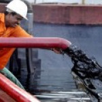 """Сделка ОПЕК+ """"убрала""""с рынка приличный объем нефти"""