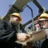 Сотрудники нефтяных компаний массово теряют работу