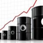 Рынок нефти: ФРС и Минэнерго США вернули цены к максимумам года