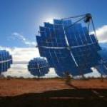 """Bloomberg: """"чистая"""" энергия – лидер роста потребления"""