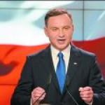 Тень Качиньских: президентом Польши снова станет русофоб?