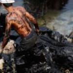 Bloomberg: нефтяные аналитики сели в лужу