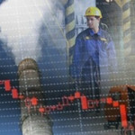 Россия в октябре увеличила объемы производства и замедлила годовой спад