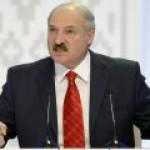 Лукашенко: На предприятиях Белоруссии раскачивают обстановку