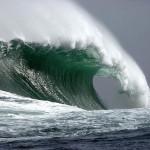 Океанские волны могут генерировать больше энергии, чем солнце и ветер