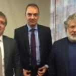 """Яценюк уволит главу """"Укрнафты"""", если та не выплатит дивиденды за 2011-13 годы"""