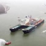 Мощнейший плавучий кран в мире никак не могут достроить