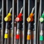 Тулеев просит власти прекратить резкий рост цен на бензин