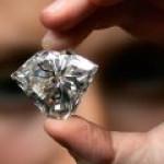 """""""Газпромнефть"""" будет делать алмазы из углеводородного газа"""