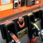 В Японии бензин подешевел почти на 20%
