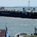 Топливо в Крым начнут возить не цистернами, а танкерами