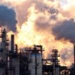 Бензин на российских НПЗ подешевел в ноябре, но подорожал на 19% с января