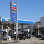 Спрос на бензин в США впервые превысил спрос в 2020 году