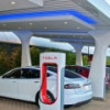 Tesla установит суперчарджеры на трассе Москва – Санкт-Петербург