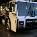Знаменитый грузовик Mack Trucks станет электрокаром