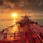 Экспорт российской нефти в Японию одновременно растет и падает