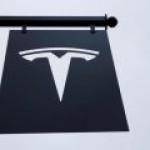 Tesla стала лидером автопрома США по рыночной стоимости