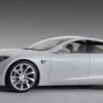 Tesla Model S не выдержала в Европе тест на экстренное торможение