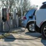 Электромобили в России получат особые номера